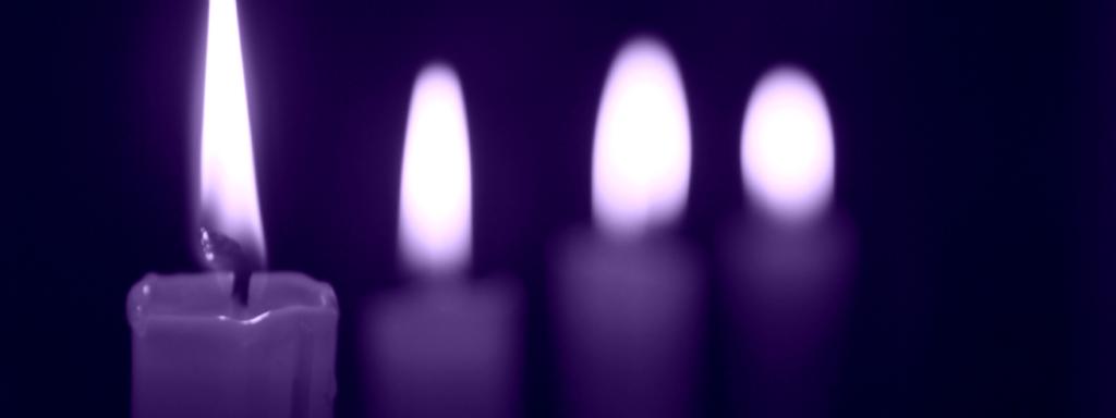 4 burning purple candles