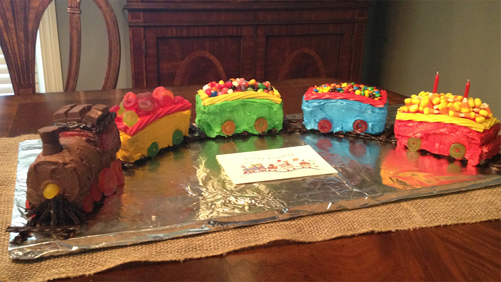 picture of a train cake